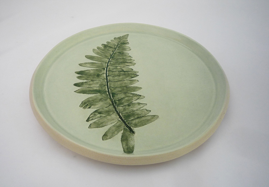 Christmas Fern Leaf Impression Plate Round