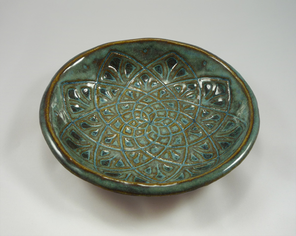 sgraffito bowl - green