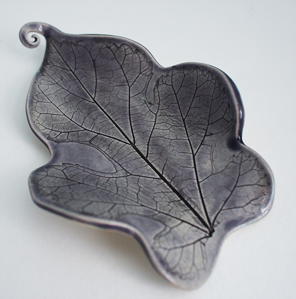 Mulberry Leaf Spoon Rest